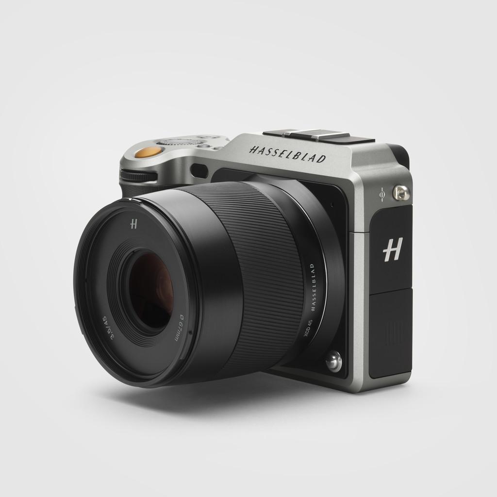 x1d 50c rh hasselblad com Fully Equipped Hasselblad Camera Barbie Digital Camera